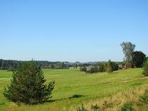 Pola, farmy i pociągu most, Lithuania Zdjęcie Royalty Free