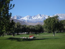 Pola golfowego góry tło Zdjęcia Royalty Free