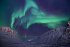 Polaire noordpool Noordelijke de hemelster van het lichtenaurora borealis in de reis Svalbard van Noorwegen in Longyearbyen-stad  stock fotografie