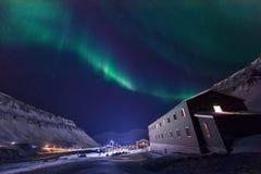 Polaire noordpool Noordelijke de hemelster van het lichtenaurora borealis in de reis Svalbard van Noorwegen in Longyearbyen-stad  royalty-vrije stock foto