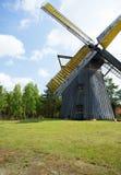 poland Gammal väderkvarn i museet i Pomerania Arkivbilder