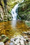 poland Il parco nazionale di Karkonosze (riserva) di biosfera - cascata di Kamienczyk fotografia stock