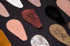 Poland, Poznan - fonte velha do mercado da cidade 7 11 18 fotos da pele remendam com o logotipo da empresa como 98 Fotografia de Stock Royalty Free