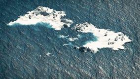Polar betrifft schmelzende Eisfelsen im Ozean Kleiner weißer Hund, der die Luft, Windturbinen im Hintergrund schnüffelt Lizenzfreies Stockbild