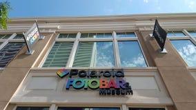 Polariod Fotobar e sinal do museu Foto de Stock Royalty Free