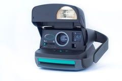 Polaroid cámara del vintage de 630 instantes en el fondo blanco Fundaron a la compañía polaroid en 1937 en Cambridge imagenes de archivo