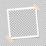 Polaroidcamera, Fotokader met kleverige band op grijze achtergrond Malplaatje, spatie voor uw in foto stock illustratie