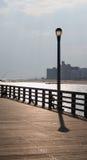 Pole auf dem Pier   Lizenzfreie Stockbilder
