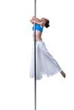 Pole dans Gullig flickadans som isoleras på vit Arkivfoto