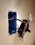 pole elektryczne światło wyciągnięta dom zmian do ściany Zdjęcie Stock