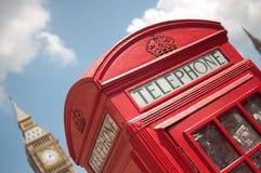pole London czerwony telefon Zdjęcie Stock