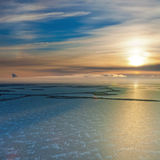 Pole naftowe na Samolor jeziorze, odgórny widok obrazy stock