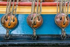 Poleas de madera Foto de archivo libre de regalías