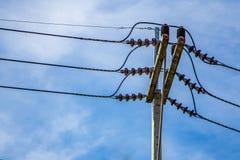 Polen elektrisch im Himmel stockbild
