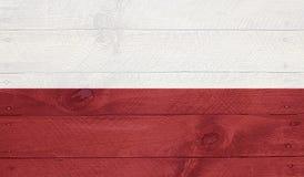 Polen-Flagge auf hölzernen Brettern mit Nägeln Stockfotos