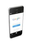 """Polen GdaÅ """"sk - 8th av Augusti 2015 Mobiltelefon med Google p Arkivbilder"""