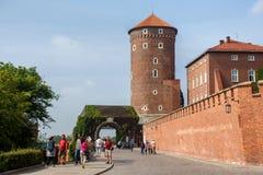 POLEN, KRAKAU - MEI 27, 2016: Middeleeuwse Sandomierska-Toren Royalty-vrije Stock Fotografie