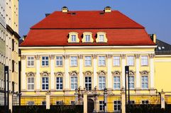 Polen, Royal Palace in 'Breslaus PaÅ lewski ³ Wechselstroms Krà wir WrocÅ-'awiu in der Abendsonne Stockfotografie