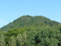 Polen, Rudawy Janowickie - de piek van de berg van Ra ³ van Na GÃ van KrzyÅ ¼ in de bergen van Rudawy Janowickie royalty-vrije stock foto