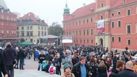 Polen, Warschau 9-11-2018: Jahrhundert der Unabhängigkeitstagpolitur Masse der Leute stock video footage