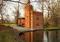 Polen-Wilanow, im Dezember 2015 Historische Wasserpumpenstation zu Lizenzfreies Stockbild