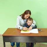 Polens Parlamentswahl 2011 - Schreibtisch votin Lizenzfreie Stockfotos