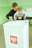 Polens Parlamentswahl 2011 am Stimmzettel BO Stockbilder