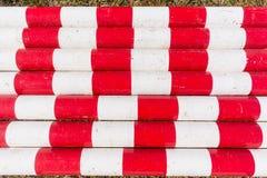 Poles Wood röd vit Arkivfoton