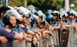 Policía antidisturbios durante la celebración para mujer internacional del día, Manila, Filipinas imágenes de archivo libres de regalías