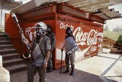 Policía antidisturbios en la versión parcial de programa marxista del estudiante en Panamá Fotografía de archivo libre de regalías