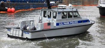 Policía del parque de Nueva York los E.E.U.U. en la acción Foto de archivo libre de regalías