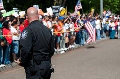 Policía en la protesta Fotografía de archivo libre de regalías