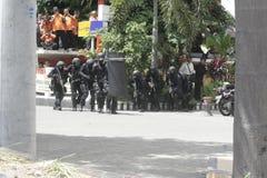 POLICÍA JAVA CENTRAL A SOLAS DE ENTRENAMIENTO ANTITERRORISTA DE LA CIUDAD Foto de archivo