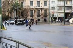 Policías griegos con las bicis del motor durante un acontecimiento de la demostración fotografía de archivo libre de regalías