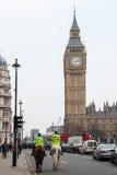 Policías montados en Londres Foto de archivo