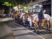 Policía montada en Melbourne Imagenes de archivo