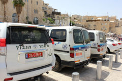 Police cars at the Wailing Wall in Jerusalem. JERUSALEM, ISRAEL - June 03, 2015: police cars and cars of border troops of Israel at the Wailing Wall in Jerusalem Royalty Free Stock Photos