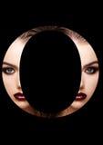 Police créative de mode de fille de maquillage de beauté de lettre d'O Images libres de droits