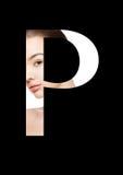 Police créative de mode de fille de maquillage de beauté de lettre de P Photographie stock libre de droits