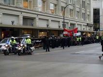 Police dans la démonstration islamique à Vancouver Photo libre de droits