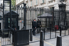 Police de Londres sur le Downing Street 10 Photos libres de droits