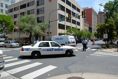 Police divert traffic from scene of collapsed buil Stock Photo