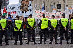 Police et protestataires Photos stock