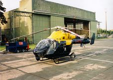 Police helicopter ob hospital landing pad Royalty Free Stock Photography