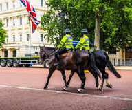 Police on horseback in London (hdr) Royalty Free Stock Photos