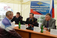 The police major general Vladimir Kuzin and the rector of legal university Victor Blazheev conduct reception of drivers in an exit Royalty Free Stock Photos