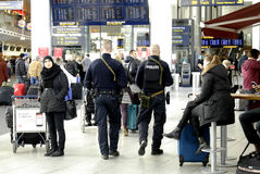 POLICE PRESENTS AT COPENHAGEN INT AIRPOT Stock Photos
