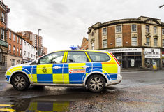 POLICE VEHICLE IN ATTENDANCE AT SITE OF DIESEL SPILLAGE Stock Image