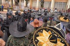 Policie o closing fora do acesso a uma rua secundária em Equador Imagens de Stock Royalty Free