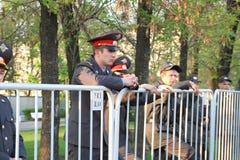 Policie o cordão em partes da oposição do russo para eleições justas Fotos de Stock Royalty Free